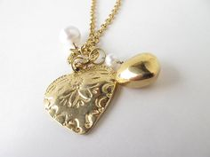 Necklace gold necklace heart hearts vintage by AlbertsAttic