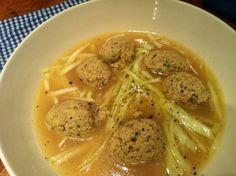 Madmenneske: Suppe med kyllingekødboller