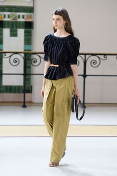 The Best Looks from Paris Fashion Week