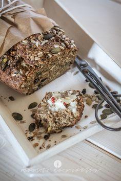 mam to na widelcu chleb z orzechow i nasion0822