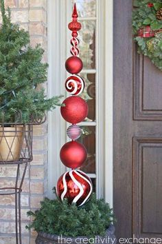 Tutorial for making an ornament topiary {the creativity exchange} christmas topiary, diy outdoor Christmas Topiary, Christmas Porch, Diy Christmas Ornaments, Christmas Projects, Winter Christmas, Christmas Wreaths, Christmas Crafts, Fun Projects, Christmas 2019
