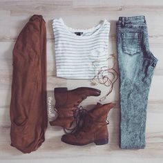 Outfits — outfit for school on a really really cold day ? Outfits — outfit for school on a really re Mode Outfits, Casual Outfits, Fashion Outfits, Womens Fashion, Fashion Trends, Tumblr Fall Outfits, Rustic Outfits, Converse Outfits, Casual Jeans