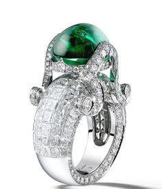 Jewels - Giampiero Bodino Tesori Del Mare ring with an emerald cabochon cts and diamonds set in white gold Emerald Jewelry, High Jewelry, Modern Jewelry, Diamond Jewelry, Jewelry Rings, Vintage Jewelry, Emerald Rings, Handmade Jewelry, Beautiful Rings