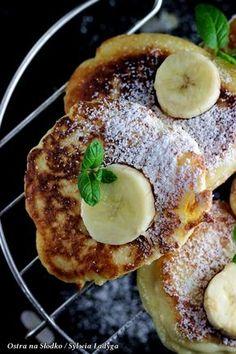 racuchy budyniowe , racuszki z bananami , racuszki budyniowe na sniadanie , puszyste racuszki , ostra na slodko (1)xx