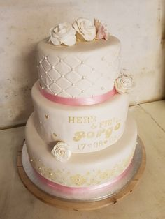 Bröllopstårta i tre våningar | Cakes!