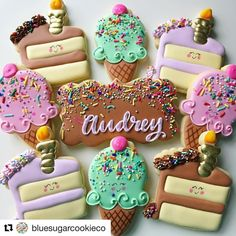 """317 Likes, 3 Comments - Judit Reding (@thesweetdesignsshoppe) on Instagram: """"Love this set by @bluesugarcookieco ! She used our plaque and cake cutter! :)…"""""""