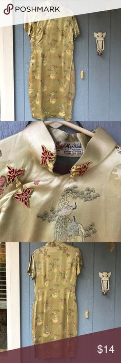 Vintage Cheong Sam 🐲 Gorgeous vintage dress 👗 shirt sleeve , has some wear but a lot of life ... worn at Viva Las Vegas ...amazing dress 👗! Says size 16 but fits like a 12 ..contact me for any questions 😊 100% silk Mei Wah Dresses