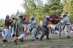 Fête médiévale Basse cour du château Montfort sur Risle