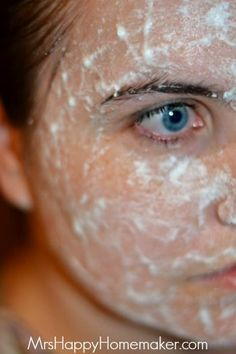 Let the mask sit for 15 minutes – it will dry and may become a little powdery by then, but that's perfectly normal.