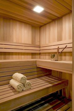 Sauna room ideas Can't wait for my girls to come over and sit in the sauna! Girl spa time at mi Casa! Diy Sauna, Sauna Steam Room, Sauna Room, Cabine Sauna, Basement Sauna, Floor Design, House Design, Sauna Hammam, Building A Sauna