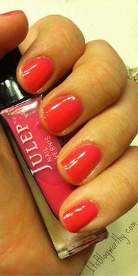 Fresh spring nail polish trends
