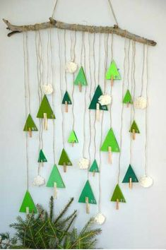 diy-calendrier-avent-foret-sapin thing, aren't you? Handmade Christmas Decorations, Christmas Activities, Christmas Crafts For Kids, Xmas Decorations, Christmas Projects, Kids Christmas, Holiday Crafts, Christmas Sewing, Decoration Creche