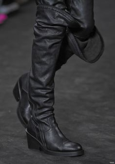 valerijamercier:  Ann  Demeulemeester2012 FW RTW – Got to try these on today, oh no must resist.