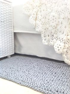 Hand knit rug, recycled tshirt yarn