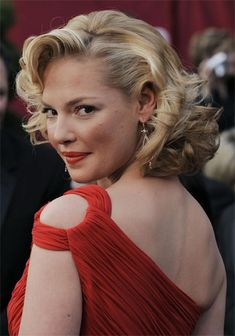 Picture of Katherine Heigl Classic Hairstyles, Modern Hairstyles, Vintage Hairstyles, Wedding Hairstyles, Medium Hair Styles, Curly Hair Styles, New Hair, Your Hair, Marilyn Monroe Hair