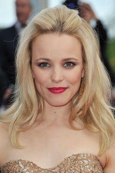 Pin for Later: Blonde Ambition: 18 Célébrités Qui Se Sont Teint Les Cheveux Cette Année Rachel McAdams
