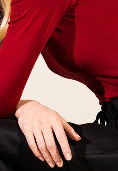 tetard-m: Maxime Tetard Hand Photography, Close Up Photography, Creative Photography, Amazing Photography, Portrait Photography, Fashion Photography, Editorial Photography, Audrey Hepburn, Lady And The Tramp