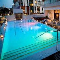 Part of the Rydges Hotels and Resorts, the Rydges South Bank Brisbane offers a sophisticated accommodation option right at the heart of Brisbane. Brisbane Bars, Brisbane Restaurants, Pool Bar, Bacchus, Rooftop Bar, West End, Convention Centre, Hotels And Resorts, Restaurant Bar