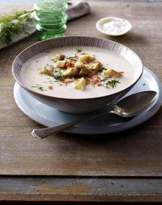 Ostfriesische Fischsuppe - Halkrémleves - 200 g sárgarépa és krumpli, 1 hagyma, 1-2 gerezd fokhagyma, 50 g vaj, só, bors, 2 csésze (500 ml) a filézett hal, 200 g tejszín, Tetejére 2 szelet pirítós, 6 szár kapor összevágva és 1-2 evőkanál citromlé ...