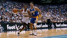 David Robinson on Chris Gatling David Robinson, Hoop Dreams, Wnba, Sports Figures, San Antonio Spurs, Lebron James, Michael Jordan, Basketball Court, Teamwork