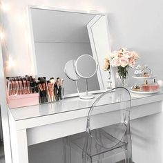 Makeup Vanity Ikea Malm Dressing Table Mirror New Room Ikea Malm Dressing Table, Dressing Table Mirror, Dressing Table Organisation, Dressing Tables, Ikea Malm Table, My New Room, My Room, Sala Glam, Make Up Tisch
