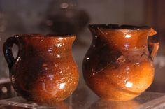 Céramiques vernissées d'origine espagnole (© Laurent Gheysens, service Communication Ville d'Agde)