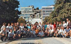 Bu fotoğraf 2013 yazında yaptığımız.Antalya çıkışlı Batı Karadeniz-Batum gezimiz sırasında Samsun'da çekilmiştir.Tura katılanlar ,ile diğer bilgi ve resimler için,resmi tıkladıktan sonra yukarda kaynak sitenin altındaki Ziyaret et yazısını tıklayabilirsiniz.(Resme çift tıklayınca da kaynak siteye ulaşabilir)