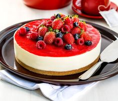 Berry Cheesecake: A Recipe to Make at Home, Cheesecake Torta, Berry Cheesecake, Cheesecake Recipes, Scones Ingredients, Catering Food, Specialty Cakes, Sweet Cakes, No Bake Desserts, Amazing Cakes