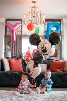 #larienMINI #larien #lariendijital #lariendijitalmedya #babyphotography #photoshoot #baby #bebek #ikiz #twins #ilkyaşgünü #firstbirthday #one #oneyearold #doğumgünü #happybirthday #iyikidoğdun
