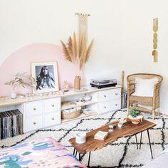 Een roze wand in de woonkamer   woonkamer   Pinterest - Roze, Kleur ...