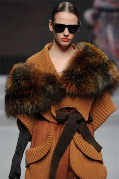 Igor Gulyaev - nice, I would only replace this fur with faux fur Fur Fashion, Winter Fashion, Fur Jacket, Fur Coat, Black Tie Gown, Couture, Fabulous Furs, Winter Chic, England Fashion