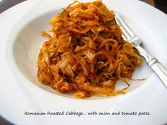 Home Cooking In Montana: Romanian Oven-Roasted Cabbage. Baked Cabbage, Roasted Cabbage, Vegetarian Recipes, Cooking Recipes, Healthy Recipes, Budget Recipes, Healthy Foods, Cabbage Side Dish, Romania Food
