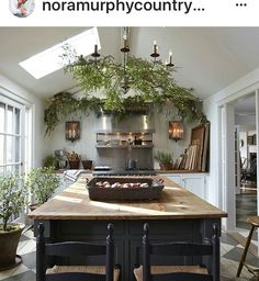 Now Serving Country House Style Daily! There are a thousand ways to put Country House style into your life – it comes down to the details. New Kitchen, Kitchen Dining, Kitchen Decor, Kitchen Island, Cozy Kitchen, Kitchen Ideas, Green Kitchen, Kitchen Plants, Dining Room