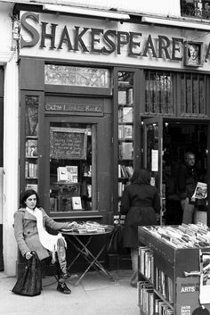B/W photo, Shakespeare & Co., Paris, France