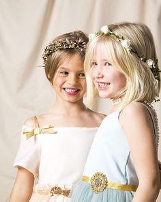 Preparando ya la primera comunión de tu niña? No te pierdas nuestras coronas de flores y semillas!! #belandsoph #coronas #flores #arras #comunion #primeracomunion