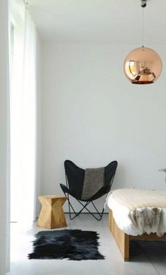 An Affordable Design Classic: Butterfly Chairs