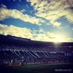 Photo by ducker_gremio #NadaPodeSerMaior #OlímpicoEuFui Fc Porto, Instagram Posts, Legends, Gifs, Lifestyle, Wallpaper, Hs Sports, Soccer, Wall