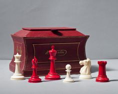 A Jaques Ivory Chess Set and Sarcophagus Box | Luke Honey | Decorative Antiques, Chess & Games