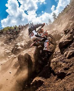 💥Enduro is Awesome💥 VideoCredi Motocross, Mount Everest, In This Moment, Awesome, North Carolina, Chelsea, Motorcycles, Wheels, Travel