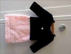 Crochet dress for a little girl. Free pattern. Haak een jurk voor een kleuter meisje. Gratis patroon.