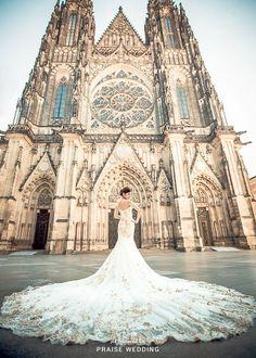 Fashion » Praise Wedding Community