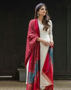 Indo Western Dresses, Gowns, Lehenga, Suits & Kurtis for Womens Salwar Designs, Kurta Designs Women, Kurti Designs Party Wear, Blouse Designs, Pakistani Dresses, Indian Dresses, Indian Outfits, Anarkali Dress, Lehenga