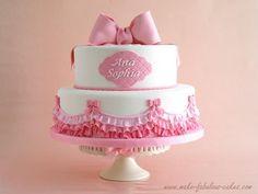 Pasteles De Bautizo Para Nina's   ... rosa volantes y lazos rosas de todos los tamanos y mucha de ella