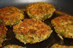Kikert-karbonader - Veganeren Chickpea Burger, Zucchini, Spicy, Recipies, Food And Drink, Vegetarian, Favorite Recipes, Diet, Vegetables