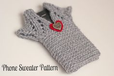 In Karapoozville: Phone sweater pattern