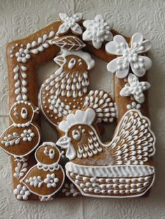 """PERNÍKY VELIKONOCE, as best I can tell it translates to """"Easter Ginger bread"""" in Czech. Click through to see MANY more gorgeous cookies!"""