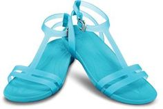 Crocs sexi Sandal inspired by the trendy gladiator look. Check it out on Flip-flop online