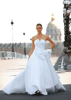 Organza Strapless Notched Neckline Pleated Bodice with Bow Accents A-Line Skirt with Attached Chapel Train Hot Sell Wedding Dress Cymbeline Wedding Dresses, 2015 Wedding Dresses, Wedding Gowns, Wedding Attire, Wedding Bouquets, Classy Wedding Dress, Sell Wedding Dress, Elegant Wedding, Cosmopolitan