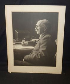 An Olive Edis photograph of novelist Thomas Hardy.