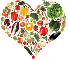 dia do nutricionista coração com comidas saudáveis